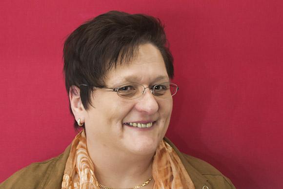 Iris Telatinski